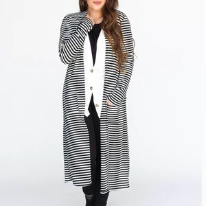 NWT Black/Ivory Ribbed Duster By Agnes & Dora XS